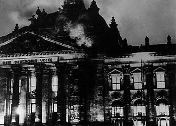 http://ann.ledoux.free.fr/decou/imagereichstag/Reichstag.jpg